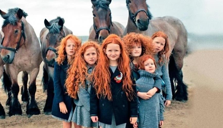 Famiglia con i capelli rossi