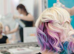 Chi sono gli specialisti nella colorazione dei capelli?